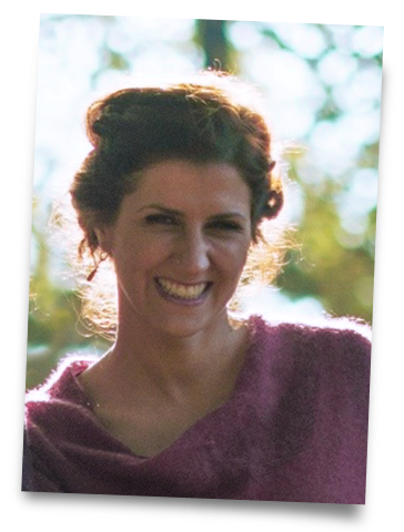 <strong>Dr. Corina Nandi</strong> <br/>Diplom-Psychologin <br/>Kinder- und Jugendlichenpsychotherapeutin i.A.